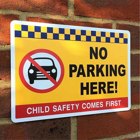 school_no_parking_safety_signs_1